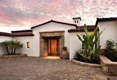 Spanish Modern - Hope Ranch Estate, Leonard Unander Associates, Inc. Hacienda Style Homes, Spanish Style Homes, Spanish House, Outdoor Santa, Spanish Modern, Spanish Colonial, Spanish Villas, Mediterranean Home Decor, Entrance Design