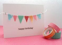 Banderines de washi tape en una tarjeta de cumpleaños. Ideal.