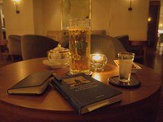 0015: GeS01 3/12. Hamburg, Germany, km 26'332, Apples Bar (Park Hyatt), 3 October 2010, 21:58 (local time): Jever Pils and Malteser