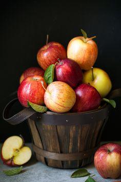 Apple Fruit, Fruit And Veg, Fruits And Veggies, Fresh Fruit, Apple Cake, Apple Cinnamon Oatmeal, Cinnamon Apples, Cinnamon Muffins, Cinnamon Rolls