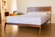 The Lean Bed designed by Peter Deeble