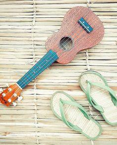 Summer ukulele life is so delicious...