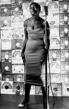 Miriam Makeba, Mama Africa, Johannesburg, 1955 (Jurgen Schadeberg) Trailer for the documentary Mama Africa: Miriam MakebaNetflix has the fu...