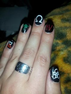 Coheed and Cambria inspired nail art