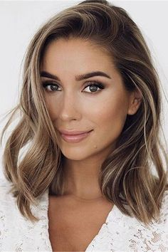 Long Wavy Ash-Brown Balayage - 20 Light Brown Hair Color Ideas for Your New Look - The Trending Hairstyle Balayage Straight, Brown Hair Balayage, Brown Blonde Hair, Brown Hair With Highlights, Brown Hair Colors, Ombre Hair, Color Highlights, Dark Blonde Hair Colour Ideas, Medium Blond Hair