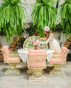 69 Colorful Bohemian Spring Porch Update for Your Inspire Bohemian Living, Bohemian Decor, Bohemian Porch, Luau, Palm Beach Regency, Palm Springs Style, Decoration Table, Home Interior, Interior Design