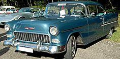 La Chevrolet Bel Air, 150 - 210, Beauville, Nomad, cette ancienne voiture fut produite en 1955, cette Chevrolet Bel Air de 1955 mesure 1.88 mètres de large, 4.97 mètres de long, et a un empattement de 2.92 m.