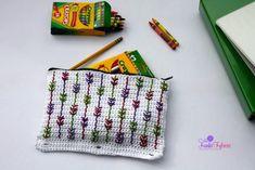 Falling Arrows Pencil Pouch; 3-ring binder pencil pouch - free crochet pattern