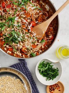 """Mushroom Lentil Spaghetti """"Bolognese"""" - A hearty & healthy vegetarian pasta recipe, perfect for cozy meals at home. Serve with quinoa pasta! Vegetarian Spaghetti Bolognese, Lentil Bolognese, Vegan Spaghetti, Bolognese Recipe, Vegetarian Dinners, Vegan Dinner Recipes, Vegan Recipes Easy, Pasta Recipes, Vegetarian Recipes"""
