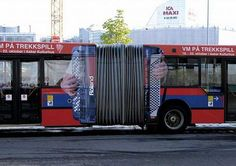 This ad by the Norwegian Accordion Association advertising the World Accordion Championship is just so perfect for those accordion bus (also called articulated bus)! Street Marketing, Guerilla Marketing, Creative Advertising, Advertising Design, Marketing And Advertising, Email Marketing, Oslo, Classic Branding, Bus Art