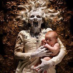 SwarmJoshuaHoffineAugust montage photo sur le thème de l'horreur