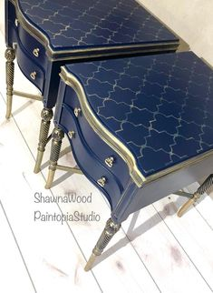 Navy Blue Furniture, Metallic Painted Furniture, Gold Furniture, Paint Furniture, Furniture Makeover, Painting Fabric Furniture, Refurbishing Furniture, Upcycled Furniture, Painted End Tables