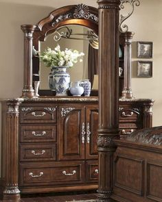 AICO Dresser & Mirror Monte Carlo II AI-N53050-60 Bedroom Suites, Bedrooms, King Size Bedroom Furniture, Victorian Sofa, Master Room, Stylish Bedroom, Dresser With Mirror, Wooden Furniture, Monte Carlo