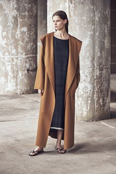 The Row Resort 2016 Runway