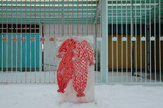 Nicole Dextras, vestiti nel ghiaccio - http://www.extramoeniart.it/all-arount/vestiti-nel-ghiaccio