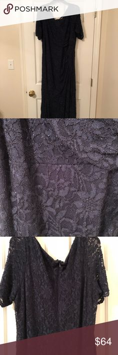 Gorgeous flor length gown! Navy blue lace size 22 EUC This was only worn once by my mom as a mother of the groom dress! It's gorgeous size 22! You could literally wear this for anything such as weddings prom etc... David's Bridal Dresses