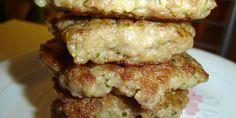 Kineske šnicle od mlevenog mesa   Sastojci      300gr mlevenog mesa     200ml kisele vode     3 kašike brašna     3 kašike ulja     1 kesica praška za pecivo     1 kašika vegete     peršun,beli luk  Dodaj u popis za kupnju Priprema      1.Pomešati sve sastojke, dodati seckan peršun i sitno seckan beli luk.     2.Ostaviti da odstoji u frižideru najmanje 30 minuta.     3.Vaditi kašikom i pržiti na teflonu na malo ulja.