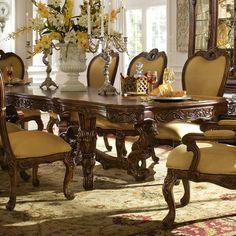 Salon antiguo muebles antiguos pinterest sal n for Wayfair comedores