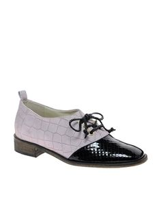 New Kid Penny Cherry Flat Lace Up Shoes