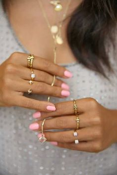 Pretty nails, and love all the rings! But, in white gold or silver :-)