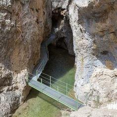 Excursión al Cañón de los Arcos en Calomarde Aragon, World Photo, Travelogue, Sierra, Beautiful World, Valencia, The Good Place, Entryway, Places To Visit