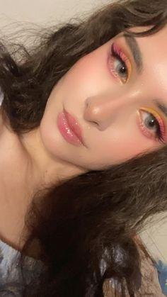 Colorful Eyeshadow, Colorful Makeup, Simple Makeup, Natural Makeup, Eyeshadow Looks, Eyeshadow Palette, Aesthetic Makeup, Summer Makeup, Gorgeous Makeup
