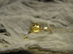 Pink 16 k gold filled Ring mit Zitronenquarz US size von Querbead, $62.00