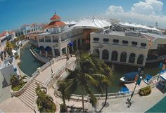 la isla shopping in cancun