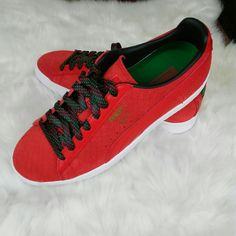 best loved 9391c 203a1 Puma Shoes   New Red Leather Puma Clyde Sneakers Shoes 8   Color  Red
