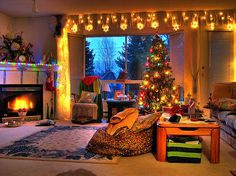 Christmas Living Room Decorating Ideas - A living room decorated for Christmas should put you in a cheerful holiday mood each time you enter the room.