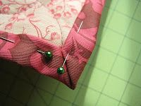 ULTIMATE Self Binding Quilt Tutorial w/ Straight Machine Stitch and Meitered corners!