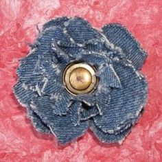 Denim Flower Brooch 20 Ways to Craft with Old Jeans