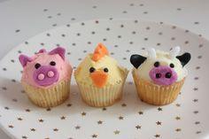 animal farm cupcakes by *ilovemuffins*, via Flickr