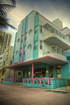 The Art Deco architecture made Miami a national treasure. These old hotels are from a time before it became South Beach and massive structures were built that block downtown and Miami Beach. Estilo Art Deco, South Beach Miami, Miami Florida, South Florida, Art Nouveau, Futuristic Architecture, Architecture Design, Miami Art Deco, New Retro Wave