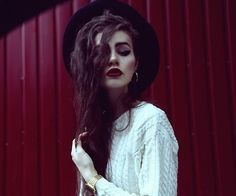 Image via We Heart It https://weheartit.com/entry/157747206 #beautiful #coolkids #girl #grunge #indie #followme #followback #laurastones