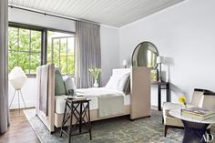 Tour Ray Booth and John Shea's Grand Hilltop Home in Nashville Photos | Architectural Digest