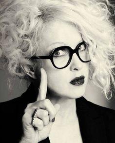 Cyndi Lauper- does this go under music or TV shows? Cyndi Lauper, Jane Birkin, Britney Spears, Divas, Hipster Glasses, Look Retro, Patti Smith, Music Tv, Music Stuff
