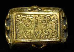 Incised Gold Ring - OS.142 Origin: Iran Circa: 1300 AD to 1800 AD