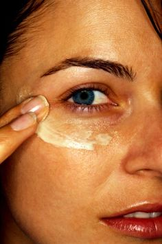 6. Rub excess eye cream into your cuticles.