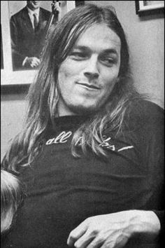 David Gilmour - Pink Floyd David Gilmour Pink Floyd, Pink Floyd Dark Side, King Crimson, Great Bands, Cool Bands, Musica Mantra, Beatles, Rock And Roll, Rock Internacional