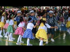 YMCA of Manila, Y-Kids Cultural Talent Presentation 2017 Kinder Y-Kids of Gen. Maximino Hizon Elementary School, Manila, performed to the tune of Let's Twist. Christmas Skits, Tiny Dancer, Kid Rock, Music Download, Preschool Activities, Elementary Schools, Manila, Presentation, Let It Be