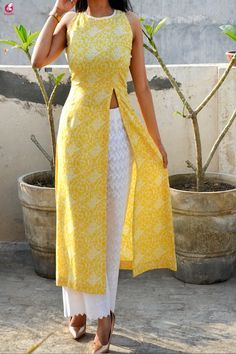 Buy Lemon Printed Modal Rayon Sleeveless Long Kurti Online in India Colorauction is part of Designer dresses indian - Casual Indian Fashion, Indian Fashion Dresses, Dress Indian Style, Indian Outfits, Fashion Outfits, Simple Kurti Designs, Kurti Neck Designs, Kurta Designs Women, Kurti Designs Party Wear