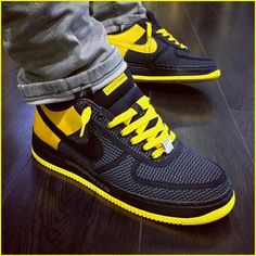 Shopping For Men's Sneakers. Do you want more info on sneakers? In that case click through here to get addiitional information. Mens Sneakers No Laces Me Too Shoes, Men's Shoes, Shoe Boots, Shoes Sneakers, Jordans Sneakers, Sneakers Design, Yeezy Sneakers, Dress Boots, Nike Shoes