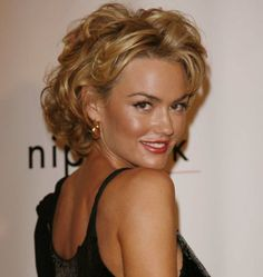 kelly carlson hairstyles | Kelly Carlson at Season 5 Nip/Tuck Premiere
