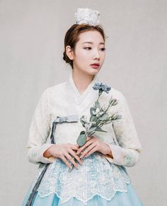 Ideas wedding hairstyles korean traditional clothes - New Site Korean Traditional Dress, Traditional Clothes, Traditional Fashion, Traditional Wedding, Bridal Bouquet Blue, Blue Bridal, Korean Dress, Korean Outfits, Korean Beauty