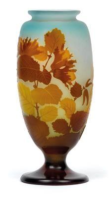 Emile Galle - Vase mit Haselzweigen,