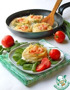 «Гнезда» с креветками в сливочном соусе. Смотреть чтобы соус покрывал спагетию Очень вкусно.