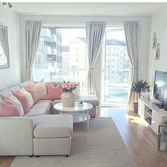 62 Super Ideas for shabby chic living room grey pillows Shabby Chic Living Room, Shabby Chic Bedrooms, Living Room Grey, Shabby Chic Homes, Shabby Chic Decor, Home Living Room, Apartment Living, Living Room Designs, Living Room Decor
