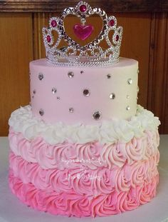 """Princess/Roses - 6"""" & 8"""" cakes iced in buttercream. TFL!"""