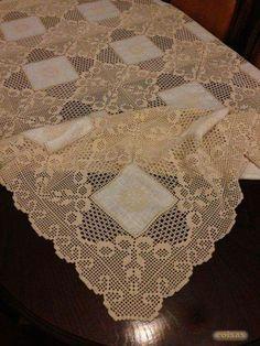 Resultado de imagem para toalha quadrados linho crochet